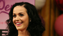 Mantenna – Katy Perry Laments Lost Childhood