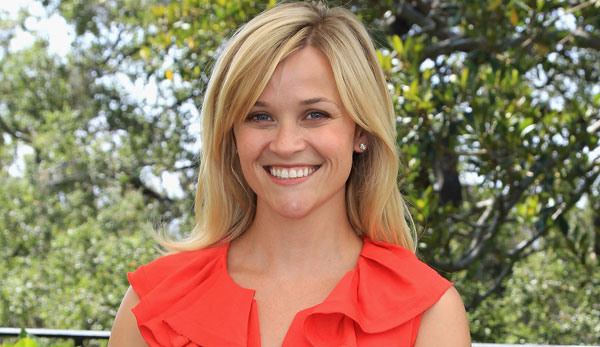 Reese Witherspoon Car Mantenna