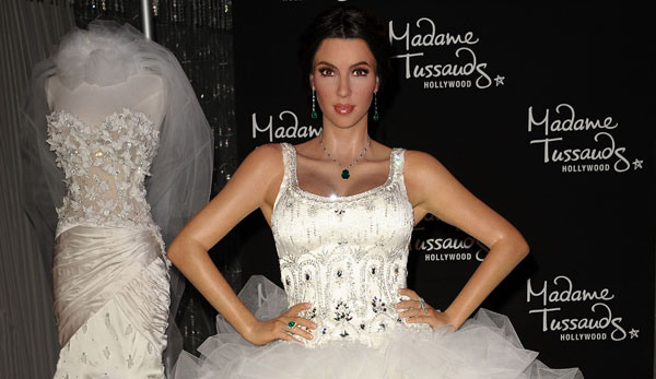 Kim Kardashian's Wedding Album is Here