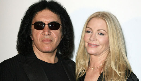 Gene Simmons Finally Pops the Question