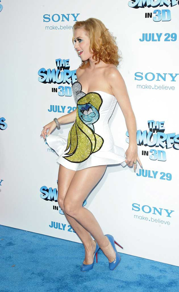 Katy Perry is a Sexy Smurfette