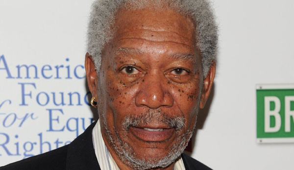Morgan Freeman Attacks the Tea Party
