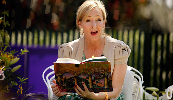 J.K. Rowling to Self-Release Harry Potter E-Books