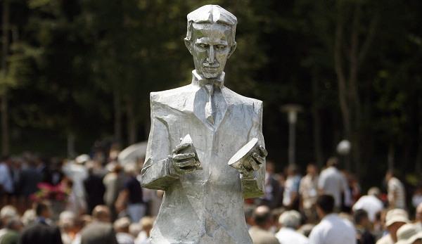 Nikola Tesla Zombie