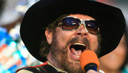 Mantenna – Hank Williams Jr. Compares Obama to Hitler