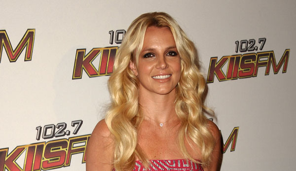 Britney Spears Secrets Mantenna