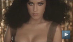 Katy Perry Shows Off Her Beauty Skills