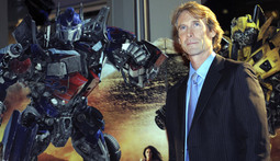 Michael Bay to Put Fewer Robots in Transformers 3