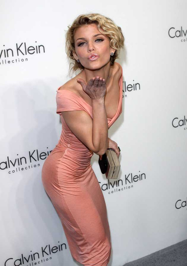 AnnaLynne McCord is Flirtatious