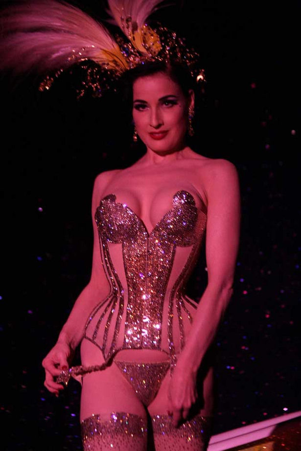 Dita Von Teese Does It Again