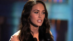Megan Fox Gives it to Mickey Rourke - FULL CLIP