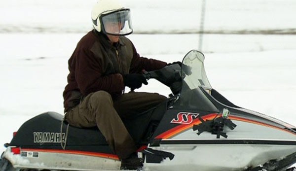 ah 206 snowmobile