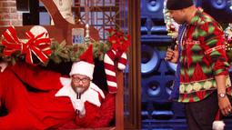 Sneak Peek: LSB Holiday Special