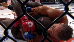Kimbo Slice TKOs Ken Shamrock - The Bellator 138 Moment