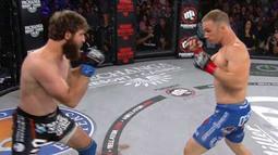 Brett Cooper vs. Brandon Halsey