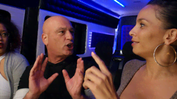 """Howie Mandel Helps Passengers With """"This Kiss"""""""
