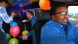 Return Of The Balloon-Popping Karaoke Game!
