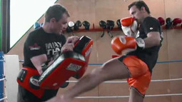 Last Man Standing: Marc De Bonte - I Just Have to Block the Low Kicks