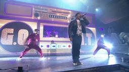 LL Cool J Performs Rock The Bells