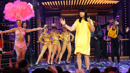 Sneak Peek: Joel McHale Performs Björk's 'Oh So Quiet'