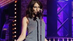 Sneak Peek: Lauren Cohan Performs 'Night Ranger'