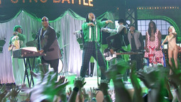 John Legend Performs 'Hey Ya!' With Stevie Wonder