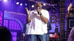 Ray Lewis Performs Al Green's 'Let's Stay Together'