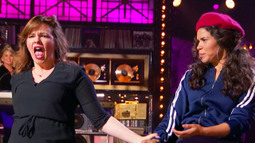 Amber Tamblyn Performs Alanis Morissette's 'You Oughta Know'