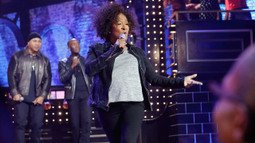 Wanda Sykes Performs 'U.N.I.T.Y.' By Queen Latifah