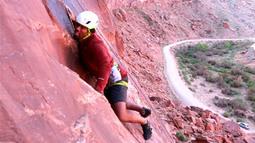 Dhani Jones on the Rocks