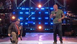 Dwayne Johnson vs. Jeff Ross - Roast Battle